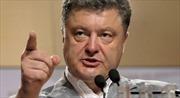 Ukraine xem xét tạm đóng biên giới với Nga