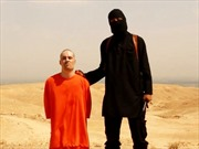 FBI xác định danh tính phần tử IS chặt đầu 2 nhà báo Mỹ