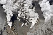 Phát hiện hơn 30 người nguy kịch trên núi lửa Nhật Bản