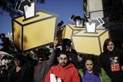 Biểu tình phản đối đình chỉ trưng cầu dân ý ở Catalonia