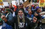 Biểu tình phản đối vụ cảnh sát Ferguson bắn người