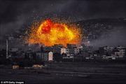 Hình ảnh không kích dữ dội nhằm vào IS ở Kobane