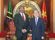 Chủ tịch Quốc hội Nguyễn Sinh Hùng tiếp Tổng thống Tanzania