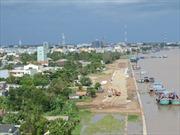 Dân 'kêu cứu' vì dự án xây kè sông Tiền