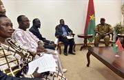 Các bên ở Burkina Faso ký thỏa thuận chuyển tiếp chính trị