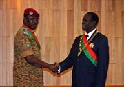 Quân đội Burkina Faso chuyển giao quyền lực cho Tổng thống