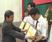 Trao học bổng cho 25 học sinh dân tộc thiểu số Khu vực phía Nam