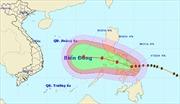 Bão Hagupit di chuyển theo hướng Tây, diễn biến phức tạp