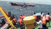 Tàu Cảnh sát biển lai dắt thành công tàu chở hàng đứt neo
