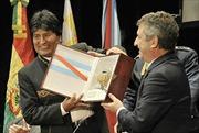 Bolivia tố cáo Mỹ đứng sau việc giá dầu lao dốc