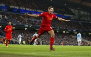 Gerrard lập cú đúp đưa Liverpool vào vòng 4 Cúp FA
