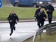 Cảnh sát truy đuổi dồn dập hung thủ xả súng Charlie Hebdo