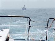 Lai dắt tàu chở khách gặp sự cố về đảo Phú Quý