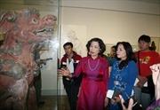 Nghệ thuật điêu khắc cổ đến với Phương Nam