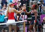Sharapova đối đầu Serena ở chung kết