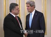 Ngoại trưởng Kerry xác nhận khả năng Mỹ cấp vũ khí cho Ukraine