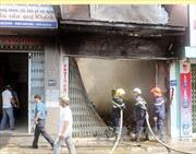 Cháy rụi  cửa hàng văn phòng phẩm
