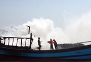 Cháy tàu câu mực, thiệt hại gần 5 tỷ đồng
