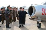 Lãnh đạo Triều Tiên chỉ đạo tập trận không quân