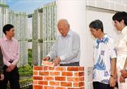 Người xây nhà, trồng cây cho Singapore