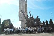 Cần sớm tôn tạo di tích tượng đài chiến thắng Sông Lô