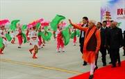 Thủ tướng Ấn Độ bắt đầu chuyến thăm Trung Quốc