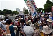 Người Nhật vây nhà Quốc hội phản đối dự luật an ninh