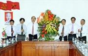 Đồng chí Nguyễn Thiện Nhân chúc mừng các cơ quan báo chí