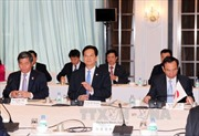 Thủ tướng tọa đàm với các doanh nghiệp Nhật Bản