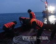 Cứu thành công 11 ngư dân gặp nạn trên biển