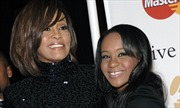 Con gái Whitney Houston qua đời