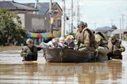 Hơn 100 người Nhật vẫn bị mắc kẹt do lũ lụt