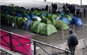 Tuần hành tại Paris đòi mở cửa biên giới cho người di cư