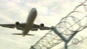 Máy bay Ba Lan tới Ai Cập hạ cánh khẩn do bị dọa cài bom