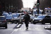 Hai nữ sinh Pháp âm mưu khủng bố nhà hát Paris