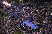 Ba Lan đối mặt với cuộc biểu tình lớn nhất kể từ 1989