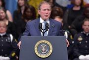 """Cựu Tổng thống Bush """"nã pháo"""" vào ông Trump"""