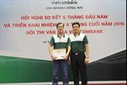 Cán bộ Vietcombank trả 17 triệu đồng nhặt được cho khách hàng
