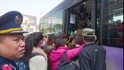 Hà Nội tổ chức xe buýt miễn phí đưa khách về các bến