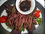 Thịt trâu sấy Bảo Yên - món ngon ngày Tết vùng cao