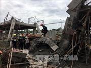 Sập giàn giáo công trình, 7 người bị thương