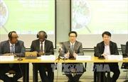 Lắng nghe ý kiến của quốc tế để quản lý an toàn thực phẩm