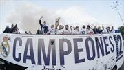 Choáng ngợp với hình ảnh Real Madrid khoe chiến tích Champions League ở Cibeles