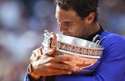'Vua đất nện' Nadal lập kỷ lục cú ăn 10 Roland Garros