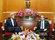 Bí thư Thành ủy Hồ Chí Minh tiếp cựu Ngoại trưởng Hoa Kỳ John Kerry
