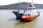 Cứu hộ thành công tàu cá cùng 17 ngư dân gặp nạn trên biển