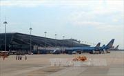 Nhiều dịch vụ hàng không tăng giá