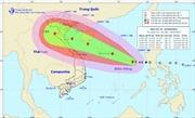 Cơn bão số 10 giật cấp 14 đang hướng vào nước ta