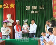 Bình Thuận: Thăm chúc Tết Katê của đồng bào Chăm