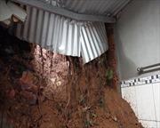 Đồng Nai: Nguy cơ sạt lở đất đe dọa hàng chục hộ dân